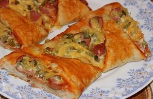 """Пицца с сосисками и солеными огурцами """"Звезда"""" (пошаговый фото рецепт)"""