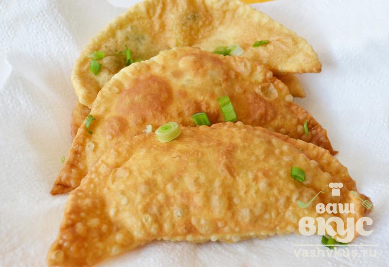 Чебуреки рецепт пошаговый на сковороде простой