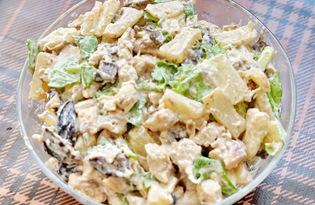 Салат с курицей, черносливом и ананасами (пошаговый фото рецепт)