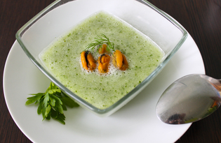 Холодный огуречный суп (пошаговый фото рецепт)