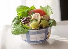 Салат со шпинатом, яблоком и грейпфрутом (пошаговый фото рецепт)