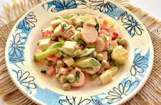 Салат с плавленным сыром, овощами и крабовыми палочками (пошаговый фото рецепт)