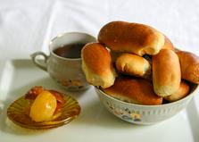 Пирожки яблочным вареньем (пошаговый фото рецепт)