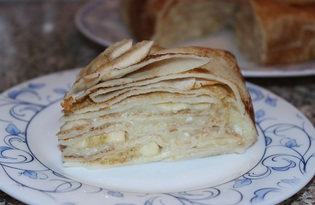 Блинный торт с заварным кремом и бананом (пошаговый фото рецепт)