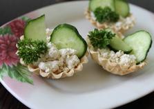 Тарталетки с сыром Рикотта и огурцом (пошаговый фото рецепт)