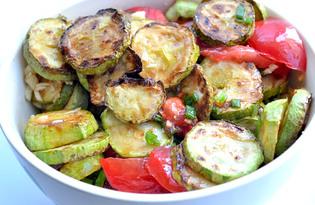 Салат из кабачков и помидоров (пошаговый фото рецепт)