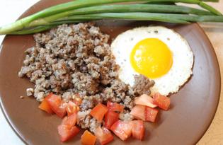 Яичница с фаршем и помидорами (пошаговый фото рецепт)