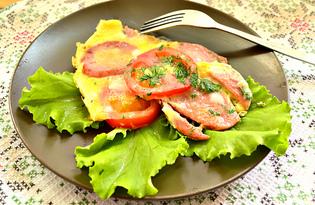 Омлет на листьях салата с колбасой и помидорами (пошаговый фото рецепт)