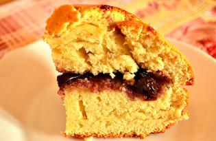 Бисквит с вишневым вареньем (пошаговый фото рецепт)