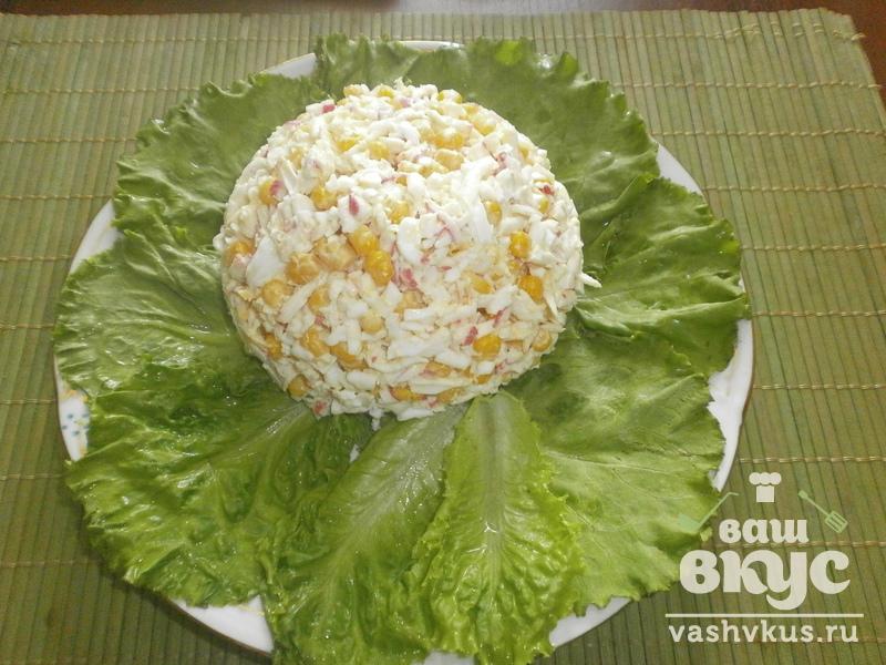 Салат из помидор плавленного сыра крабовых палочек