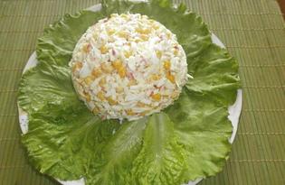 Салат из крабовых палочек и плавленного сыра «Легкий перекус» (пошаговый фото рецепт)
