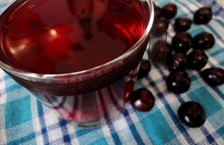 Компот из клубники, черешни и шелковицы (пошаговый фото рецепт)