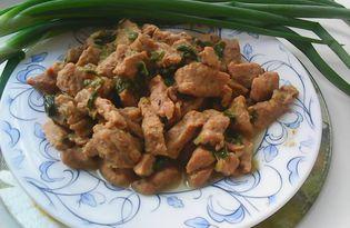 Гуляш из говядины с зеленым луком (пошаговый фото рецепт)