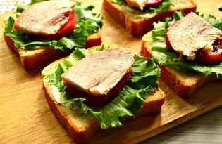 Бутерброды с копченой грудкой (пошаговый фото рецепт)