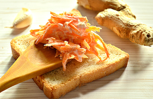 Закуска из моркови, чеснока и имбиря (пошаговый фото рецепт)