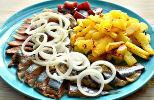 Закуска из сельди, лука и жареного картофеля (пошаговый фото рецепт)