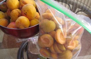 Заморозка абрикосов на зиму (пошаговый фото рецепт)