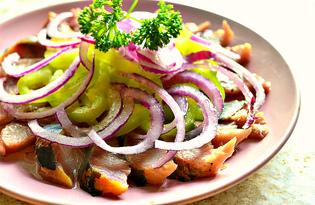 Закуска из сельди, болгарского перца и фиолетового лука (пошаговый фото рецепт)