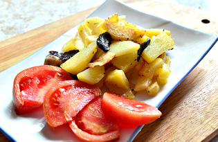 Картофель на сковороде с грибами (пошаговый фото рецепт)