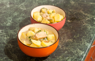 Картофель тушёный с куриной грудкой (пошаговый фото рецепт)