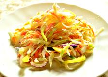Салат с капустой, яблоком и редькой (пошаговый фото рецепт)