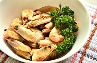 Вареные креветки с чесноком и зеленью (пошаговый фото рецепт)