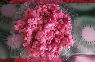 Салат «Шуба» с консервированным горошком и яйцом (пошаговый фото рецепт)