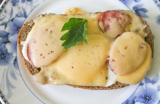 Горячие бутерброды с майонезом, колбасой и сыром (пошаговый фото рецепт)