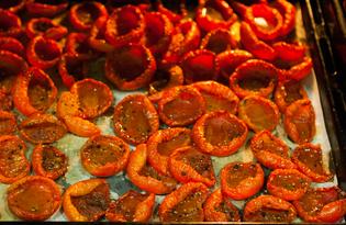 Вяленые помидоры в масле (пошаговый фото рецепт)