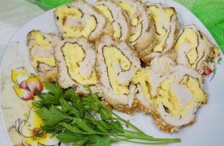 Куриный рулет с яйцом в панировке (пошаговый фото рецепт)