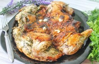 Цыпленок табака с сушеной петрушкой на сковороде (пошаговый фото рецепт)