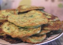 Кабачковые оладьи с зеленью (пошаговый фото рецепт)