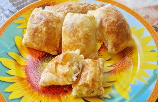 Слойки с курицей и сыром (пошаговый фото рецепт)