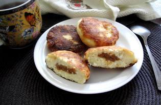 Сырники с вареной сгущенкой ириской (пошаговый фото рецепт)
