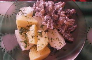 Жареные шампиньоны в сметане с луком (пошаговый фото рецепт)