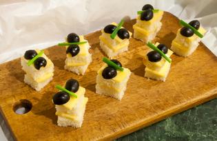 Канапе с сыром и оливками (пошаговый фото рецепт)
