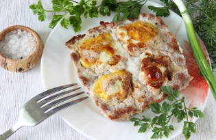 Яичница из перепелиных яиц с фаршем в духовке (пошаговый фото рецепт)