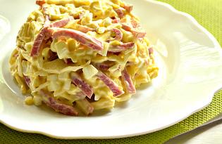 Капустный салат с копченой колбасой и яйцами (пошаговый фото рецепт)