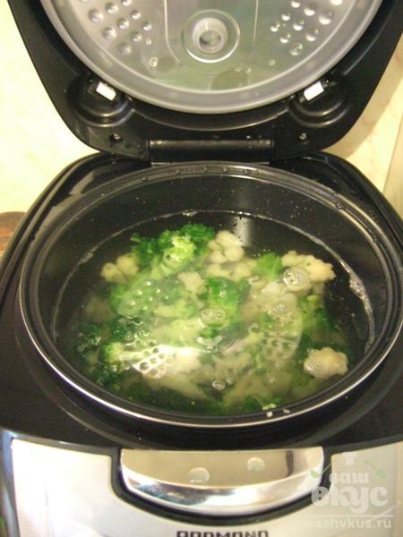 Овощной крем-суп с ветчиной