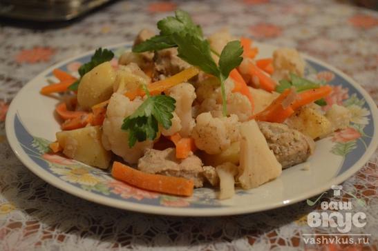 Овощи на пару со свининой
