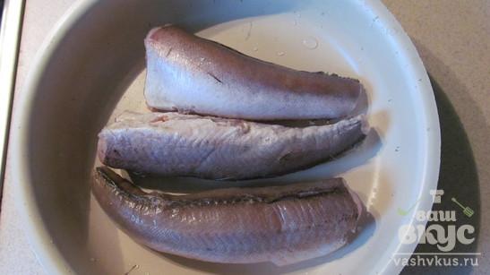 Рыба с грибами под сырным соусом
