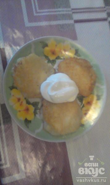 Картофельные драники с творогом по-деревенски.