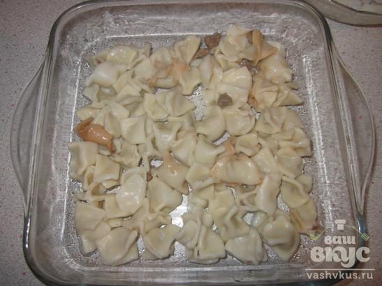 Манты запеченные с йогуртом и сыром