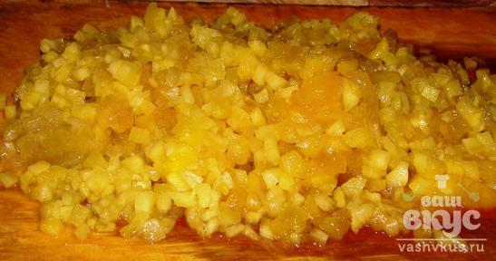 Ананасовый салат с чесноком