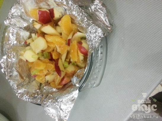 Фрукты в духовке под сложным соусом