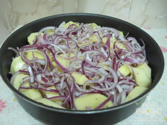 Картофель в томатном соусе со специями по-египетски