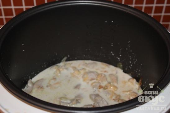 Куриная грудка в сливочном соусе