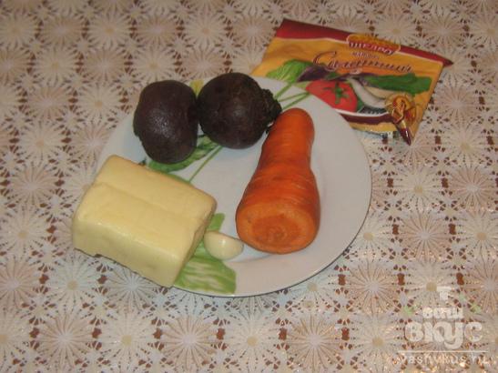 Салат остро-сладкий со свеклой