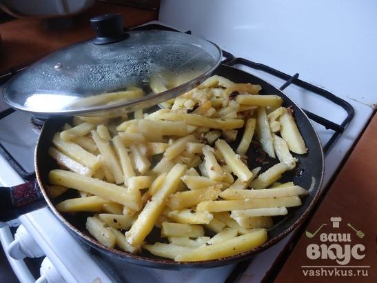 Жаренный картофель с грибами по быстрому