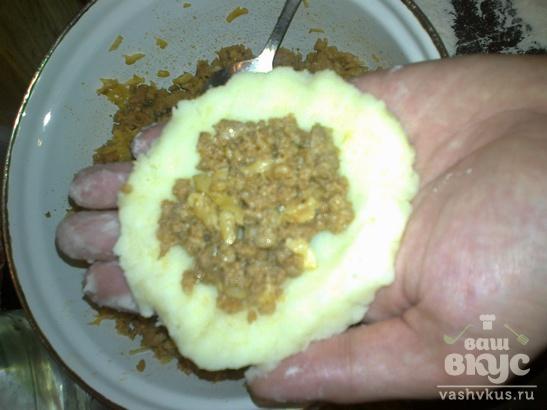 Котлеты с начинкой из фарша и сыра